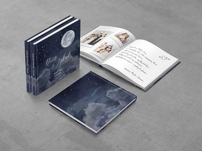 Księga Gości Księżyc Nocą