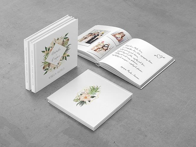 Kwiaty i piórka Księga gości